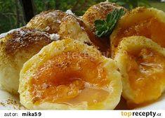 Rychlé meruňkové knedlíky z tvarohového těsta recept - TopRecepty.cz Dumplings, Baked Potato, Food To Make, Shrimp, French Toast, Food And Drink, Pizza, Eggs, Bread