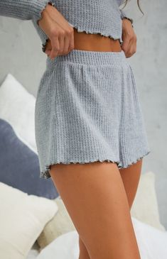 May 2020 - PacSun Our very own LA Hearts gets you ready for the cold weather with the Waffle Knit Shorts. Made from a soft waffle knit fabric, these shorts boast an elastic waistband and a relaxed fit. Summer Shorts Outfits, Cute Comfy Outfits, Spring Outfits, Outfit Summer, Cute Outfits For Summer, Cute Summer Clothes, Cute Clothes, Cute Lounge Outfits, Comfy Clothes
