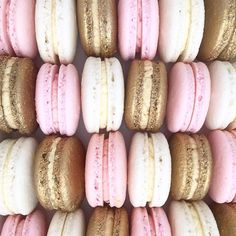 #macarons#perthmacarons#ediblelace#perthdesserts #perthsweets #perthdesserttables#perthparties #perthcreatives#perthblogger #perthisok #perthfood #my_petite_sweets_perth #theperthcollective #perthpop #sweetmagazine #oipfeature #perthkids#partywithlenzo#karaspartyideas#hooraymagazine#perthcakes#cakesofperth#bookofcake#perthgirlboss#perthbaker#macaronsperth