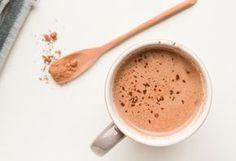 Warme Chocolademelk met Dadels en Hazelnootmelk