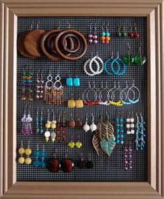 I made these for my girlfriends for Christmas a few years ago.  They were easy and fun to make!  Take a frame and staple or glue a piece of screen to the back--- Viola! Jewelry Storage  #DIY #Gifts #Jewelry #storage #fun #easy_crafts