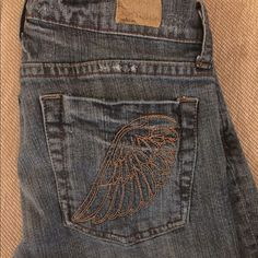 Awesome jeans! Size 26, boot cut Seriously great casual-wear jeans. Boot cut, low rise. So comfy and I have never received so many compliments as I would when I'd wear these. The bottoms are slightly worn but still look really good. See Thru Soul Jeans Boot Cut