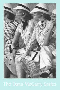 Read books with a tasteful view of smart women, elegant fashion, and chutzpah 70s Fashion, New York Fashion, World Of Fashion, Working Girls, Diana Vreeland, Smart Women, New York Style, First Novel, Dress For Success