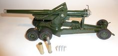 Lot 284 - Britains Artillery 2107, 18inch Howitzer on tractor wheels, khaki finish, in original box (box P)