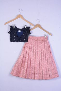 Disclaimer: Slight variation in actual color vs. image is possible due to the screen resolution. Kids Party Wear Dresses, Kids Dress Wear, Kids Gown, Baby Girl Party Dresses, Prom Dresses, Girls Dresses Sewing, Frocks For Girls, Dresses Kids Girl, Baby Girl Frocks