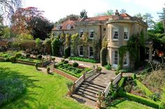 George Clooney is making news with his purchase of an island in the English countryside of Thames, a gorgeous century English Manor in Berkshire Village, just 40 minutes from downtown London. English Manor Houses, English House, English Castles, English Cottages, Villa, Rich Home, English Countryside, English Country Manor, Celebrity Houses