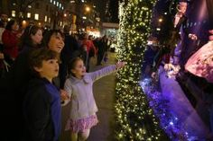 5 Top Spots for Holiday Lights in Manhattan to Brighten Up the Season: Fifth Avenue