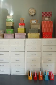 I'm thinking one set of drawers for each kid in our home office - where do these come from? They look Ikea-ish. Home Organisation, Craft Organization, Craft Storage, Storage Ideas, Teacher Storage, Ikea Storage, Paper Storage, Storage Cabinets, Design Blog