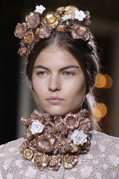 Metallic floral collar necklace & tiara @GiambattistaPR Giambattista Valli Spring Summer 2013 #HauteCouture #Fashion