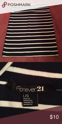 Forever 21 pencil skirt Blue and white striped pencil skirt Forever 21 Skirts Mini