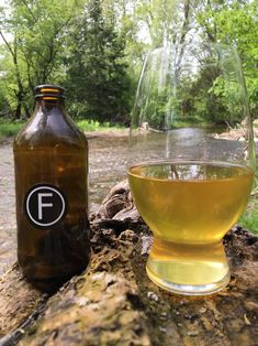 Recipe For A Fast Basic Cider that tastes great  2.5 gal Apple Juice  1 campden tablet (if unpasturized)  1 pkg english ale yeast  1.25 tsp pectic enzyme powder  Yeast Nutrient   - 2.25 g (1/2 tsp)  acid blend as needed (<3.5 tsp)  wine tannin (<1.25 tsp)