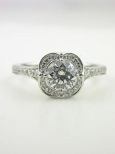 Quatrefoil wedding ring :) WHAT?!