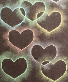 This heart collage made from chalk is one of our favorite Valentine& Day crafts for kids! Children always seem to enjoy this fun method of creating art using chalk and stencils! Valentine's Day Crafts For Kids, Valentine Crafts For Kids, Valentines Day Activities, Art For Kids, Valentine Decorations, Kinder Valentines, Valentines Art, Homemade Valentines, Easy Art Projects