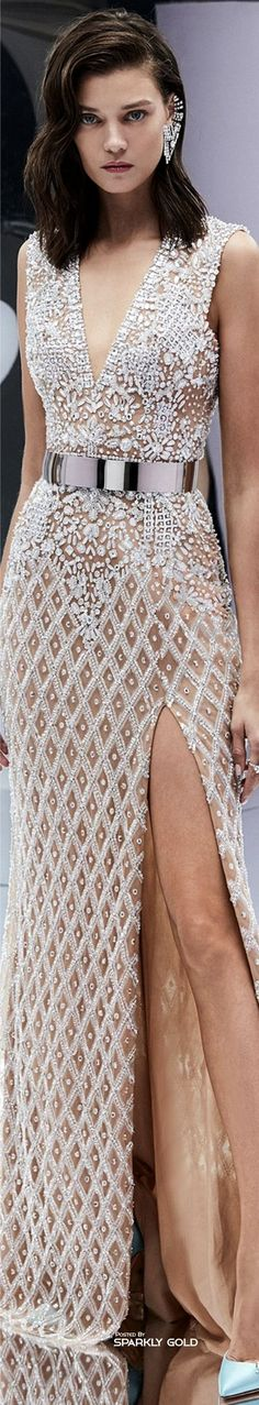 Zuhair Murad Spring 2017 Ready-to-Wear collection Fashion 2017, Look Fashion, Couture Fashion, Runway Fashion, High Fashion, Fashion Show, Womens Fashion, Fashion Design, Fashion Check
