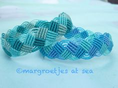 "Margroetjes at sea : is the name of this bracelet. Very well known model in Macramé world. As a ""knotter"" you have to make them once!"