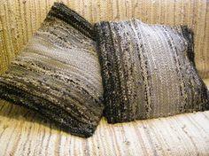 Handwoven rag rug decorative pillow FREE SHIPING by Gunaspalete, €23.00