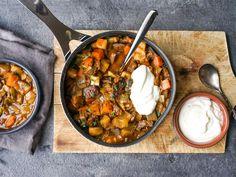 Enkel og sunn ukesmeny for hele familien Chana Masala, I Foods, Chili, Nom Nom, Curry, Food And Drink, Soup, Ethnic Recipes, Projects