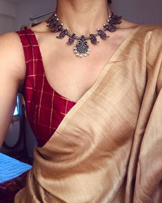 54 Ideas For Wedding Indian Dress Color Combinations India Sari Blouse Designs, Saree Blouse Patterns, Indian Dresses, Indian Outfits, Indian Clothes, Saree Jewellery, Jewellery Shops, Silver Jewellery, Fancy Jewellery