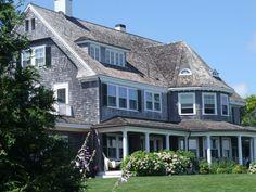 Jackie Kennedy Martha's Vineyard Home Torn Down | Jackie Kennedy Onnais's driveway on the Vineyard