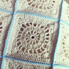 @ inverleith: Maude square from 500 Crochet Blocks book by Hannah Elgie & Kath Webber