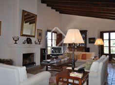 Luxury country villa for sale in Alaro, Mallorca.