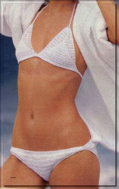 Meine-Wollust: Bikini weiss gehäkelt mit Stächen