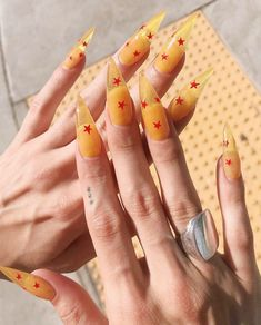 What you need to know about acrylic nails - My Nails Edgy Nails, Aycrlic Nails, Dope Nails, Swag Nails, Hair And Nails, Glitter Nails, Grunge Nails, Neon Nails, Art Nails
