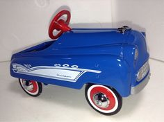 kid pedal car 124 scale diecast metal model car toy automobile