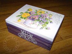 decoupage szablon Decoupage Glass, Decoupage Box, Decoupage Vintage, Ceramic Boxes, Wooden Boxes, Tole Painting, Painting On Wood, Shabby Chic Boxes, Jewellery Boxes