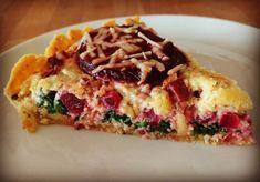 hartige-taart-met-biet-pijnboompitten-en-spinazie
