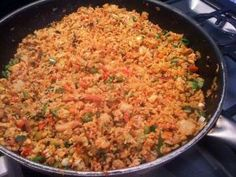 Nasi goreng a dish that tastes like home Nasi Goreng, Mie Goreng, Indian Food Recipes, Asian Recipes, Vegetarian Recipes, Healthy Recipes, Ethnic Recipes, Happy Foods, Indonesian Food