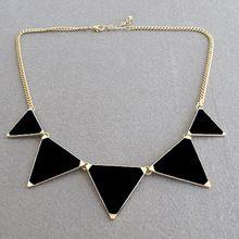 Hot preto geométrica triângulo colar moda para mulheres frete grátis popular(China (Mainland))