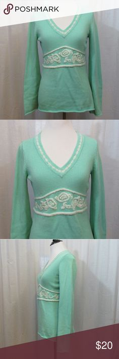 """LOFT Mint Green White Floral V Neck Sweater XS Brand: Ann Taylor LOFT Size: XS Material: 100% Cotton Care Instructions: Machine Wash  Bust: 36"""" Sleeves: 24"""" Length: 25""""  All clothes are in excellent used condition. No tears, stains or holes unless otherwise I noted.   P68 LOFT Sweaters V-Necks"""