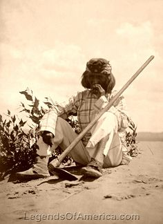 Hopi Smoking, 1907