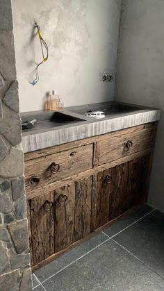 Bathroom Interior, Interior Design Living Room, Interior Decorating, Outdoor Kitchen Design, Rustic Kitchen, French Bathroom, Gold Bathroom, Old Stone Houses, Modern Kitchens
