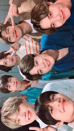 ❤ y'all ARMY better get studying if u dont know your BTS - merryxmas Bts Taehyung, Bts Bangtan Boy, Bts Boys, Bts Jungkook, Got7 Youngjae, Hoseok Bts, Foto Bts, Kpop, Les Bts