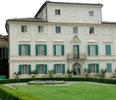 """Villa di Geggiano near Castelnuovo Berardenga has been chosen over the years for many TV and film productions. Among the most famous usage of the Villa was for """"Stealing Beauty"""" by Bernardo Bertolucci, in which Liv Tyler debuted."""