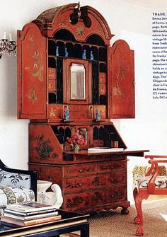 Chinoiserie - c. Secretary in the home of Ivanka Trump. Gorgeous chinoiserie, love this. Oriental Furniture, Antique Furniture, Painted Furniture, Cabin Furniture, Sr1, Empire, H & M Home, Chinoiserie Chic, Asian Decor