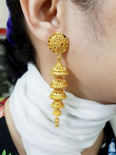 Gold Jewellery & Equipment High quality Earring Pendants Layer Thai Handmade Free Delivery From Thailand Thai handmade Gold Jhumka Earrings, Gold Bridal Earrings, Jewelry Design Earrings, Gold Earrings Designs, Gold Jewellery Design, Bridal Jewelry, Jewelry Accessories, Designer Jewellery, Gold Choker