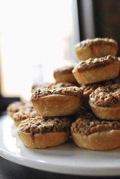 My Old Kentucky Pie: Derby-Pie copycat  Great recipe but we prefer as a whole pie.  :)