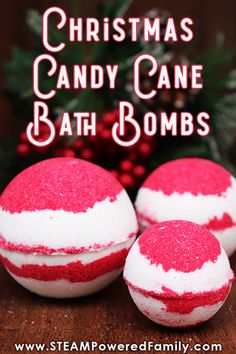 Christmas Candy Cane Bath Bomb Making Project With Chemistry Lesson is part of Science DIY Gifts - A Candy Cane Bath Bomb recipe that is simple and fun to make this holiday season Includes a fascinating Christmas chemistry lesson Great DIY gift idea! Wine Bottle Crafts, Mason Jar Crafts, Mason Jar Diy, Savon Soap, Soaps, Diy Hanging Shelves, Bath Bomb Recipes, Christmas Candy, Homemade Christmas