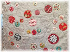Rae made this sweet little quilt for her new grand daughter Evie - wonderful cot quilt