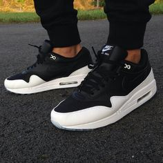NikeID airmax 90 solid black white