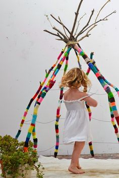 This morning, I propose to you to discover this tipi that I like any p . Ce matin, je vous propose de découvrir ce tipi que j& tout p… This morning, I invite you to discover this tipi that I particularly like …. We owe it to an artist Natalie Miller …. Crochet Projects, Craft Projects, Craft Ideas, Craft Tutorials, Fun Ideas, Play Ideas, Recycled Art Projects, Kids Crafts, Arts And Crafts