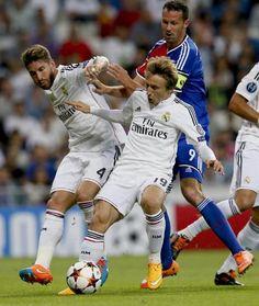 La superbe passe de Modric à Gareth Bale (vidéo) - http://www.actusports.fr/118363/superbe-passe-modric-gareth-bale-video/