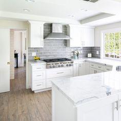 Kitchen Ideas Discover Titus x Porcelain Wood Look Tile Home Decor Kitchen, Kitchen Design Small, White Kitchen Remodeling, Kitchen Remodel, Kitchen Remodel Small, Home Kitchens, Kitchen Layout, Rustic Kitchen, Kitchen Renovation
