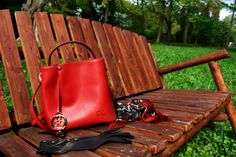 With a spacious silhouette, our C'iel Ines shoulder bag is a thing of beauty. Red Tote Bag, Red Media, Shoulder Strap, Leather, Bags, Red Handbag, Purses, Taschen, Totes