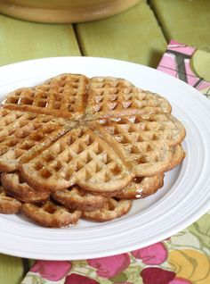 Cinnamon Oatmeal Waffles Recipe Willow and I made for breakfast, we doubled the oats and skipped the eggs it was yummy Oatmeal Waffles, Cinnamon Oatmeal, Pancakes And Waffles, Cinnamon Waffles, Buttermilk Waffles, Vegan Oatmeal, Crepes, Breakfast Dishes, Breakfast Recipes