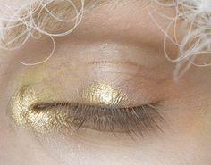 Runway make-up at John Galliano Spring/Summer 2009 at Paris Fashion Week.