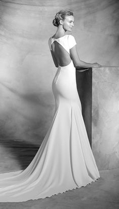 Atelier Pronovias The White Room Minneapolis Mn Bridal inside Wedding Dresses Mn - Wedding Party Ideas Pronovias Wedding Dress, Luxury Wedding Dress, Used Wedding Dresses, Wedding Dress Sizes, Bridal Dresses, Wedding Gowns, Modest Wedding, Prom Dresses, Vestido Boho Chic